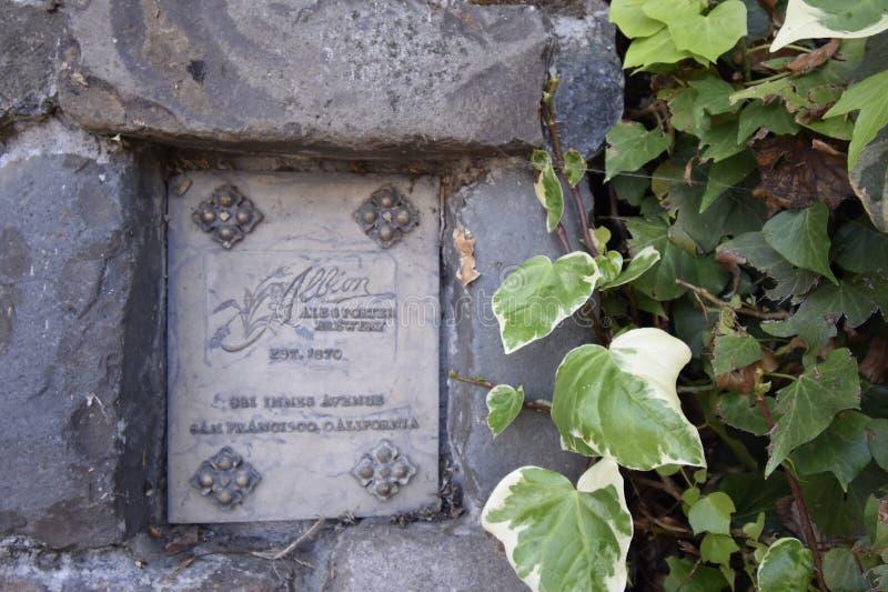Placa del portero y de Ale Brewery del ` s Albion de San Francisco imágenes de archivo libres de regalías