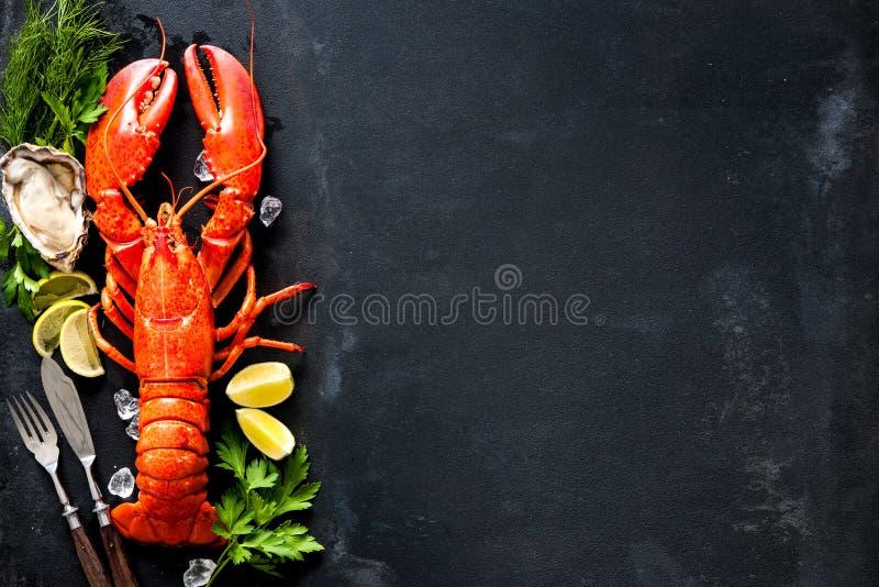 Placa do marisco do marisco crustáceo fotos de stock