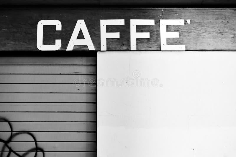Placa do sinal do vintage de um café fechado imagem de stock