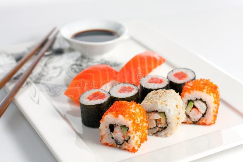 Placa do sushi fotos de stock royalty free