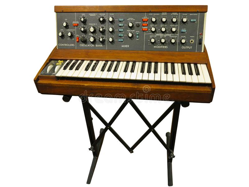 Placa eletrônica profissional do sintetizador do vintage isolada no wh fotos de stock