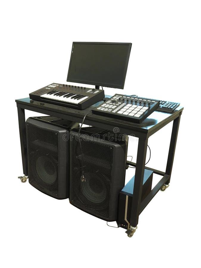 Placa eletrônica profissional do sintetizador do vintage isolada no wh foto de stock royalty free