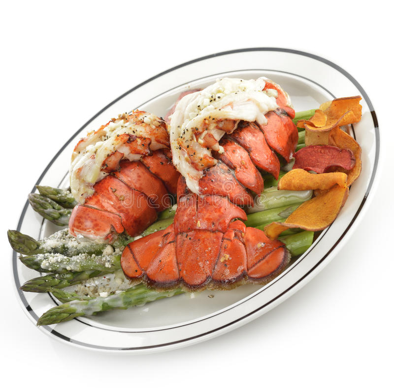 Placa grelhada da cauda de lagosta foto de stock royalty free