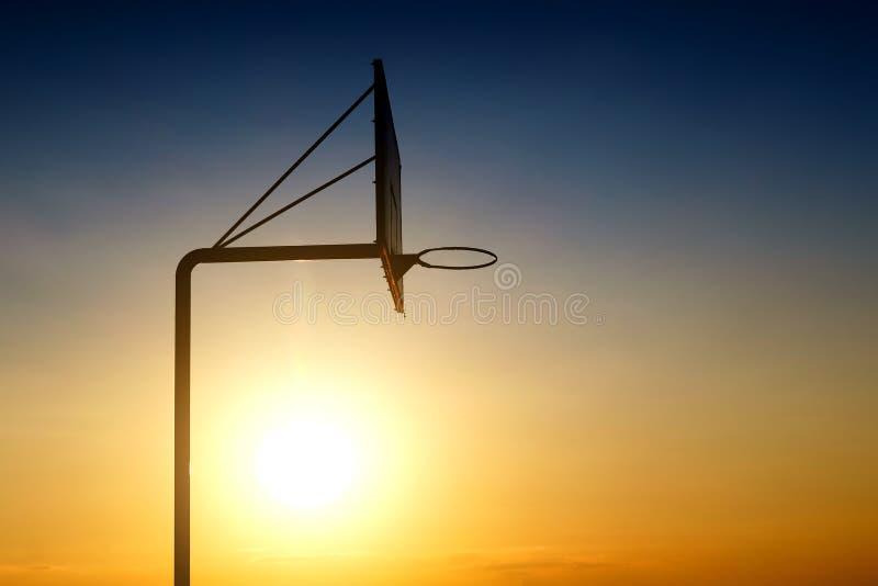 Placa idosa do basquetebol foto de stock