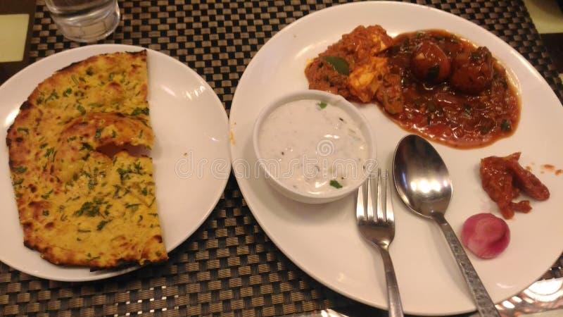 Placa india y x28; Lunch& x29; fotos de archivo