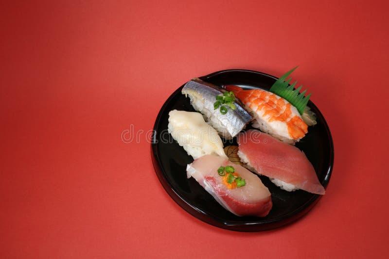 Download Placa Japonesa Del Sushi En El Humor De La Celebración Imagen de archivo - Imagen de bebé, celebración: 64204609