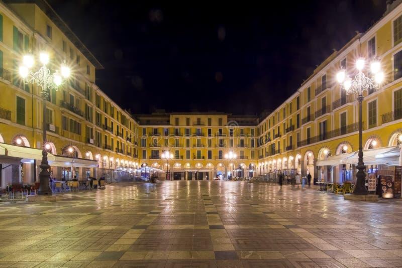 Placa Major il quadrato alla notte, Palma, Mallorca, Spagna fotografie stock