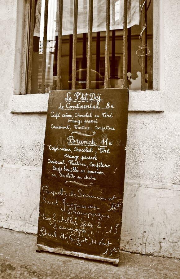 Placa parisiense do menu do Sepia fotos de stock royalty free