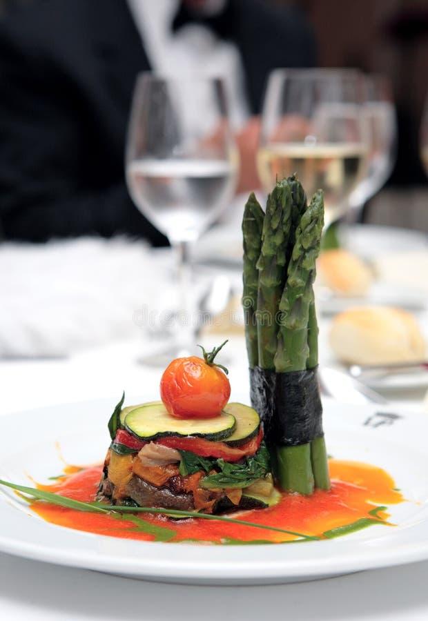 Placa pequena do alimento de gourmet no casamento fotografia de stock