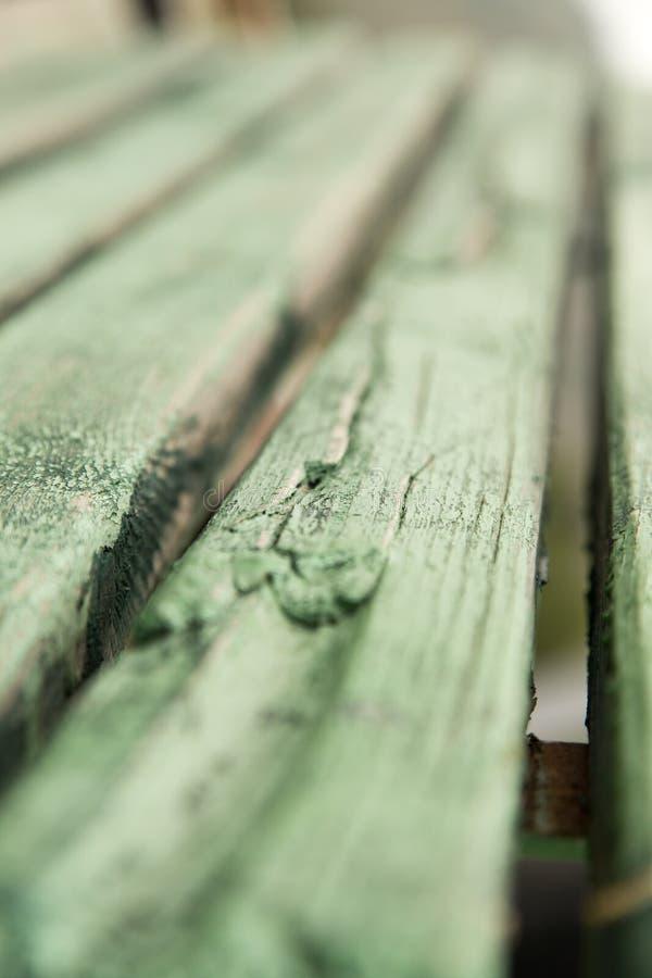 Placas de madeira pintadas no verde foto de stock royalty free