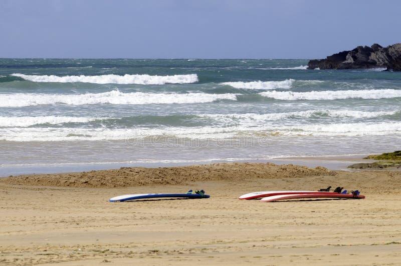 Placas de ressaca na areia fotografia de stock royalty free
