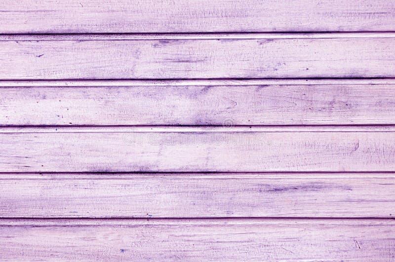 Placas roxas cor-de-rosa de madeira para o fundo Textura de madeira imagens de stock