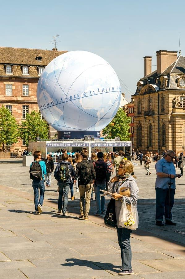 Place centrale avec la candidature de Frances pour l'Exposition universelle 2025 image libre de droits