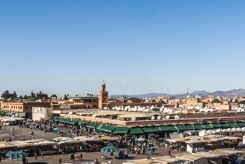 Place d'EL Fna de Djemaa à Marrakech photo stock