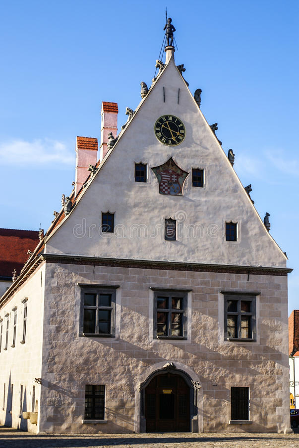 Place de Bardejov slovaque. photos stock