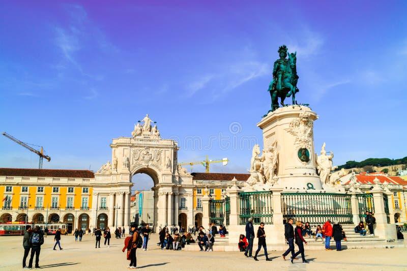 Place de commerce dans la région de Baixa de Lisbonne, Portugal images libres de droits