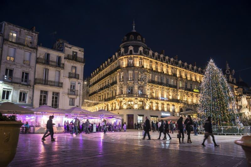Place de la Comedie在晚上在圣诞节打过工,蒙彼利埃,法国 库存照片