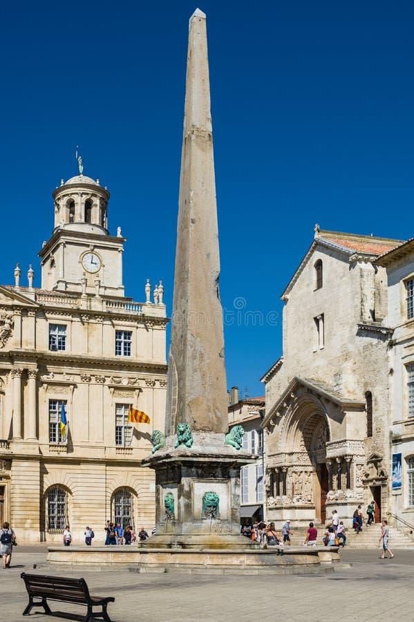 Place de la Republique dans Arles, France photographie stock