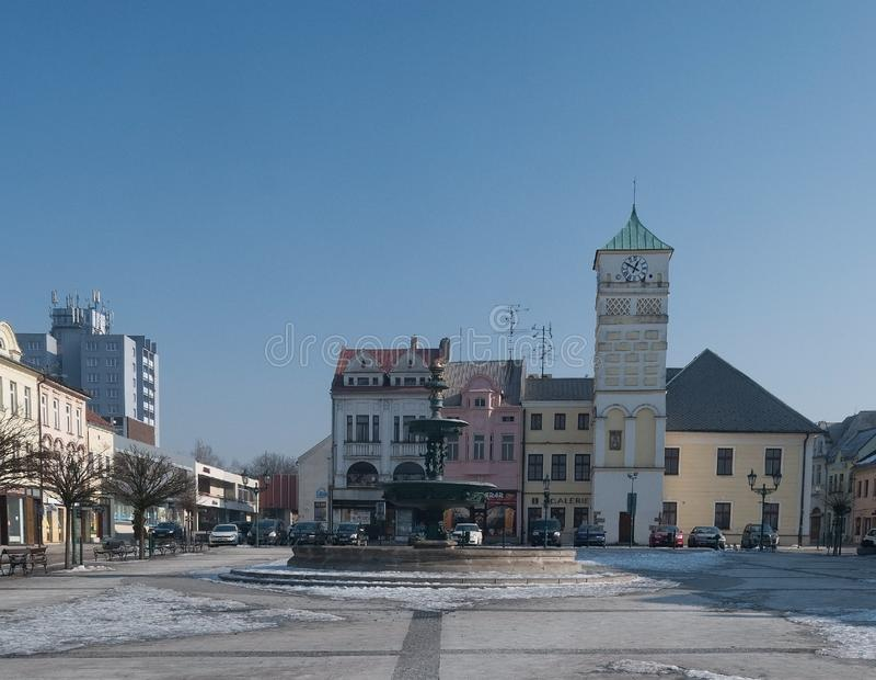 Place de namesti de Masarykovo dans Karvina - Frystat dans la République Tchèque image libre de droits