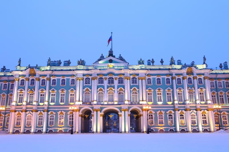 Place de palais d'hiver, St Petersburg, Russie photo stock