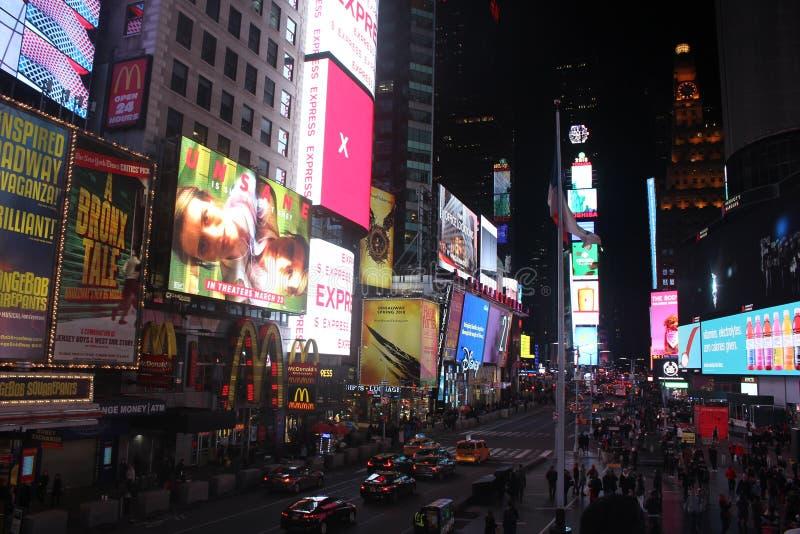 Place de temps la nuit à New York images stock