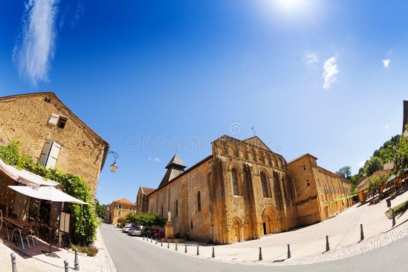 Place de village en Buisson de Cadouin France images stock