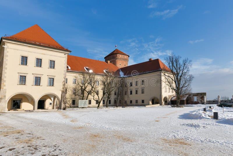 Place de yard de château de Wawel à Cracovie, Pologne photos libres de droits