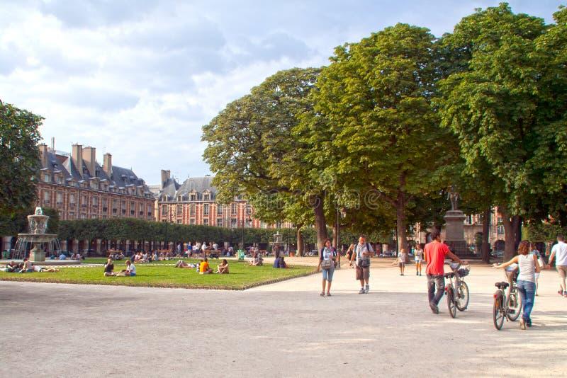 Download Place des Vosges editorial stock image. Image of paris - 28569254