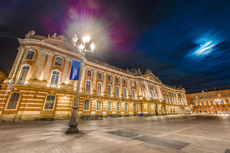 Place du Capitole in Toulouse, Frankrijk royalty-vrije stock afbeeldingen