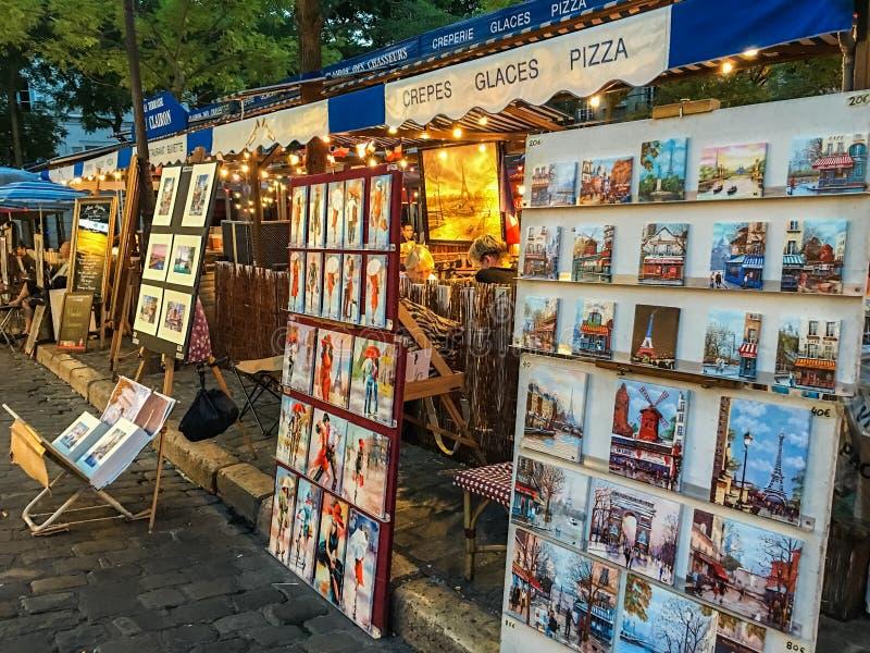 Place du Tertre,艺术家`在蒙马特显示,巴黎,法国 库存图片