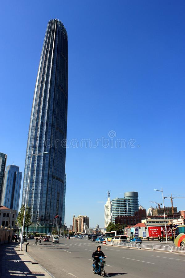 Place financière du monde de Tianjin en Chine photographie stock libre de droits