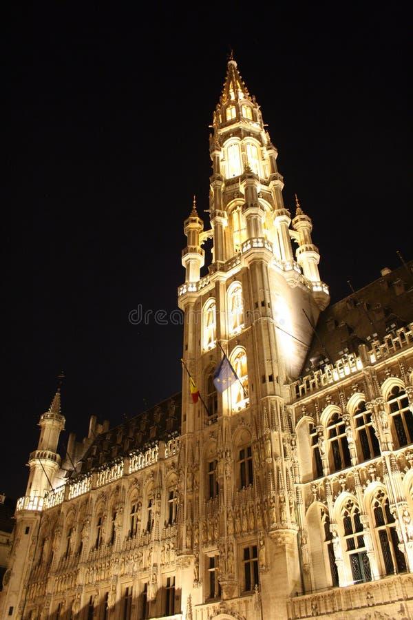 Place grande, Bruxelles (Belgique) par nuit photographie stock
