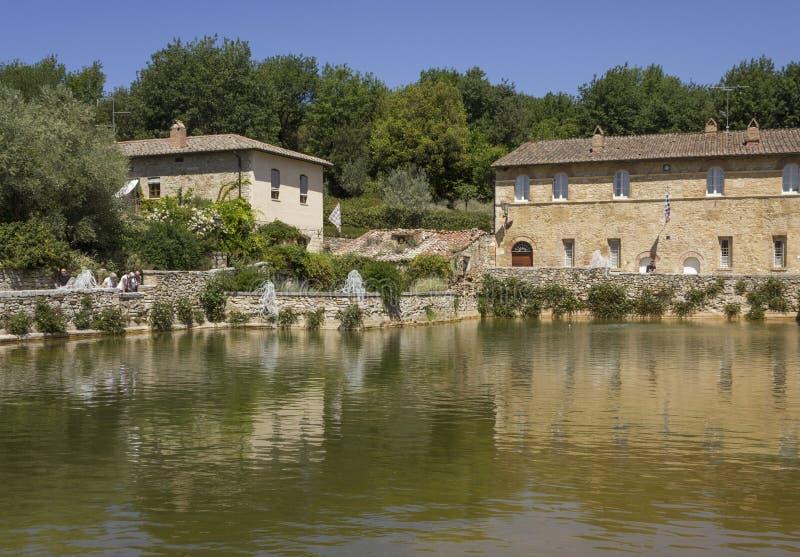 Place médiévale de sorgenti de delle de Piazza dans Bagno Vignoni photo libre de droits