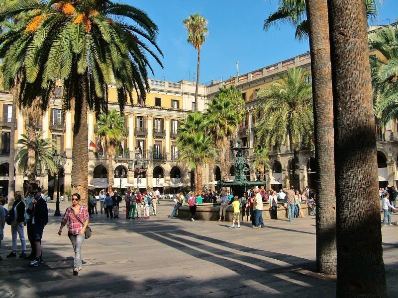 Place royale à Barcelone, Espagne images libres de droits