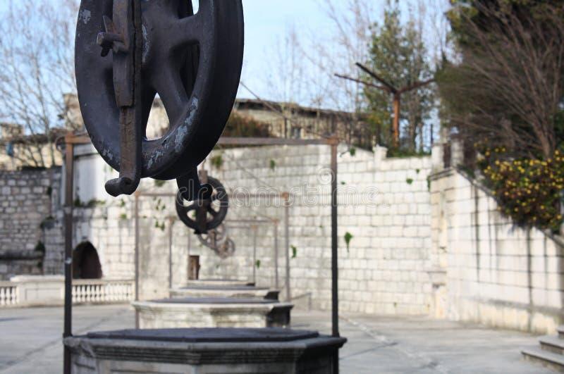 Place Trg 5 Bunara de cinq Wells dans Zadar Croatie images stock