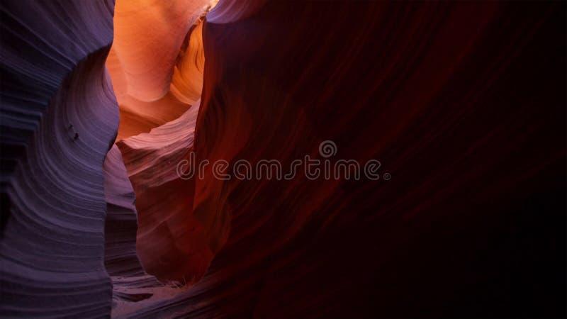 Placera kanjonen i den Escalante för den storslagna trappuppgången nationalparken, Utah, USA Ovanliga färgrika sandstenbildande i arkivbilder