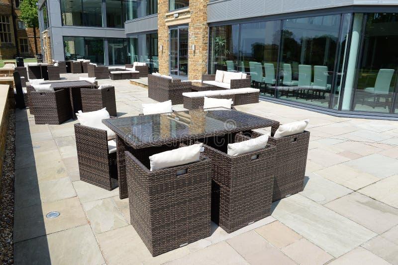 Places assises de patio photo stock