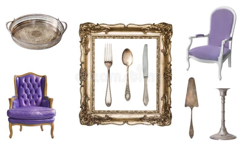 Placez de 9 vieux articles magnifiques de cru Vieux plats, appareils, bouilloires, chaises, livres, chandeliers, cadres de tablea photographie stock