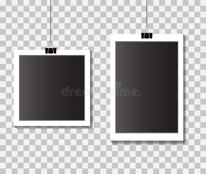 Placez des cadres vides de photo de calibre avec des agrafes Cadres noirs et blancs de photo sur le fond d'isolement Vecteur eps1 illustration stock