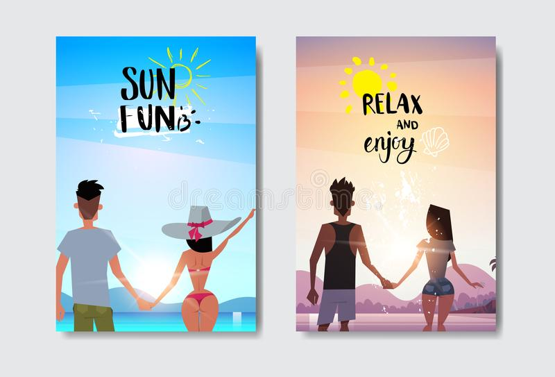 Placez les couples de femme d'homme tenant des mains regardant le lettrage de label de conception de vacances d'été de vue arrièr illustration libre de droits