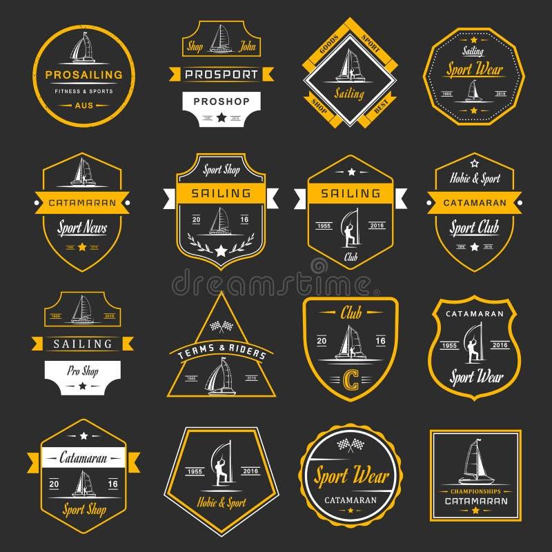 Placez les logos et les insignes de catamaran illustration stock