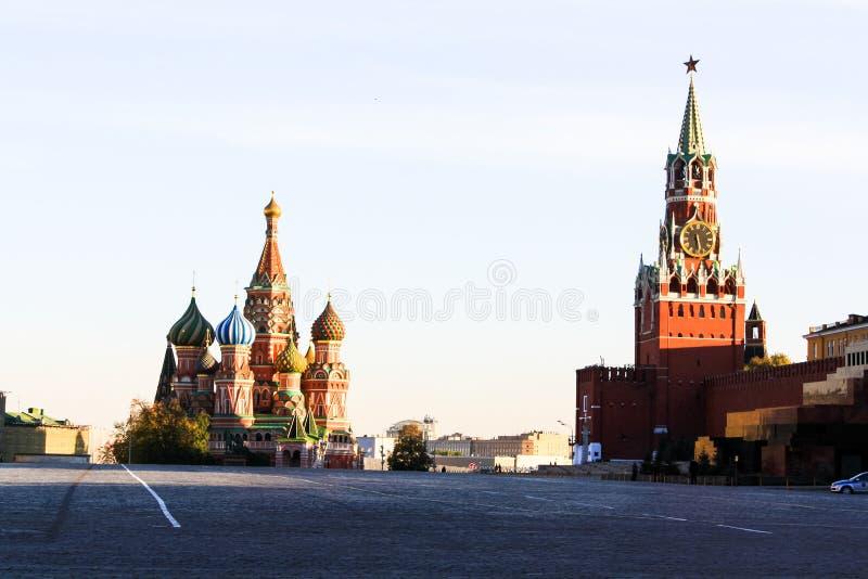 Placu Czerwonego i St basilu ` s katedra fotografia stock