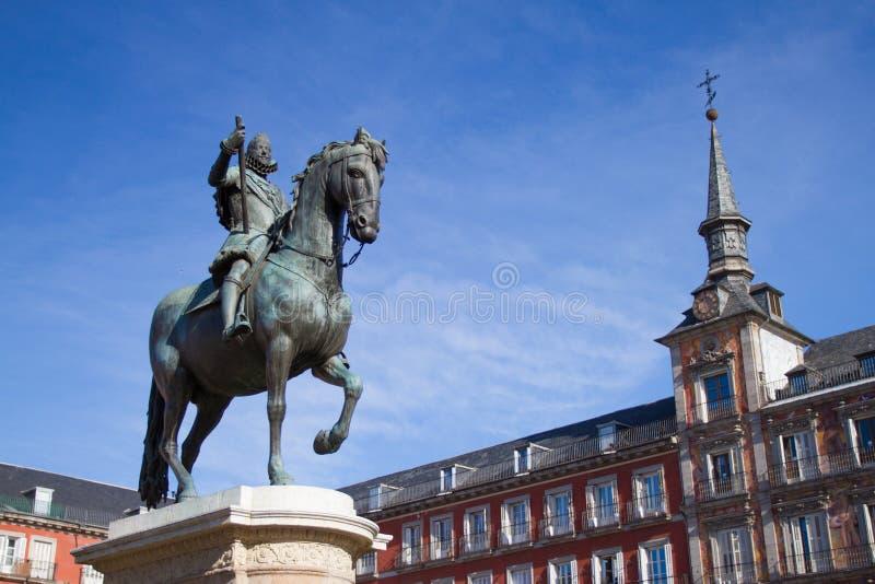 Download Placu mayor obraz stock. Obraz złożonej z statua, madrid - 28974909