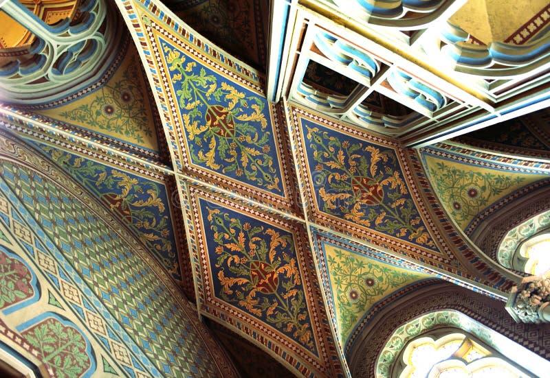 Plafond à l'intérieur d'église de Matthias, Budapest, Hongrie photographie stock