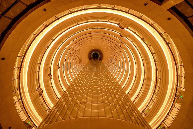 Plafond circulaire de tunnel en structure d'architecture d'hôtel contemporain Fond de luxe de conception intérieure photo stock