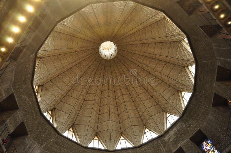 Plafond d'église images stock