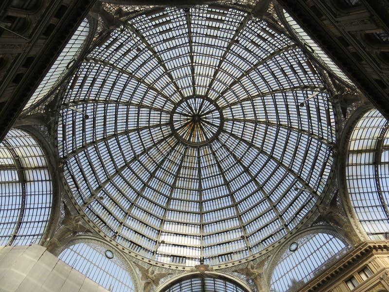 Plafond d'Umberto I de puits Naples, Italie photos libres de droits