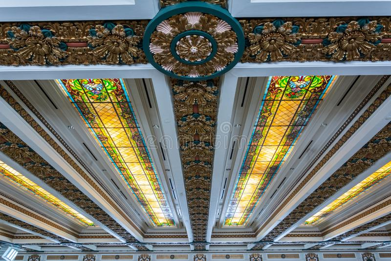 Plafond de la chambre des représentants la chambre du capitol d'état de l'Oklahoma à Oklahoma City, CORRECT image stock