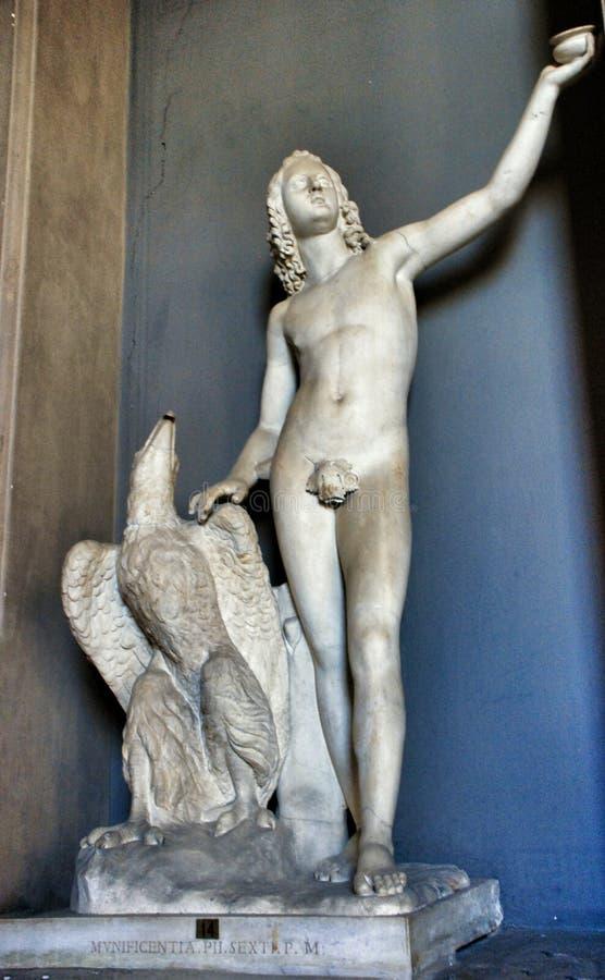 Plafond de musée de Vatican apollo sculpture images stock
