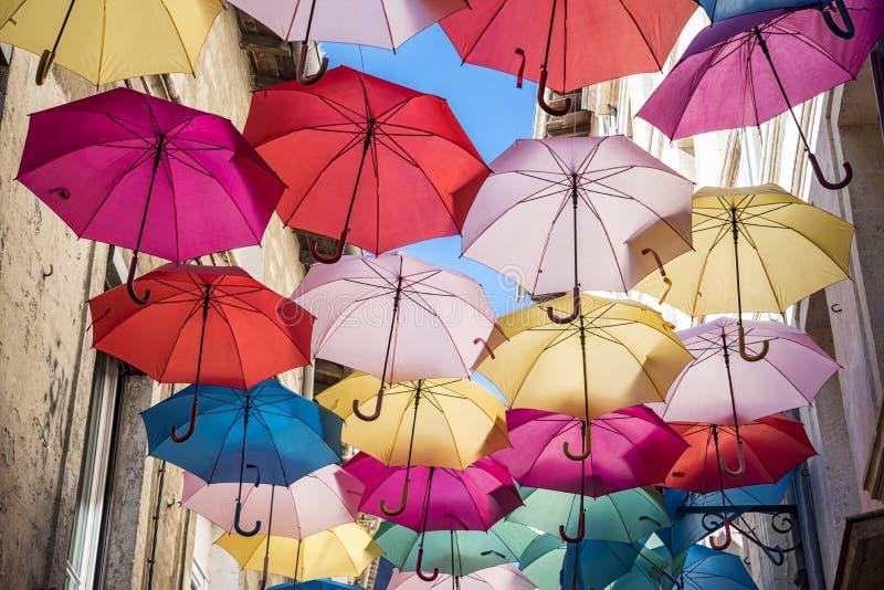 Download Plafond de parapluies photo stock. Image du effectué - 76078858